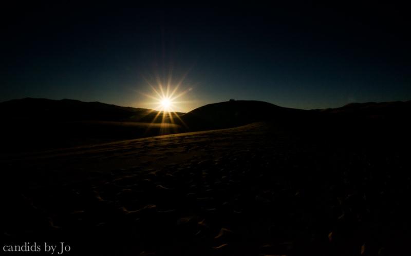Sunrise over the Saharan sand dunes